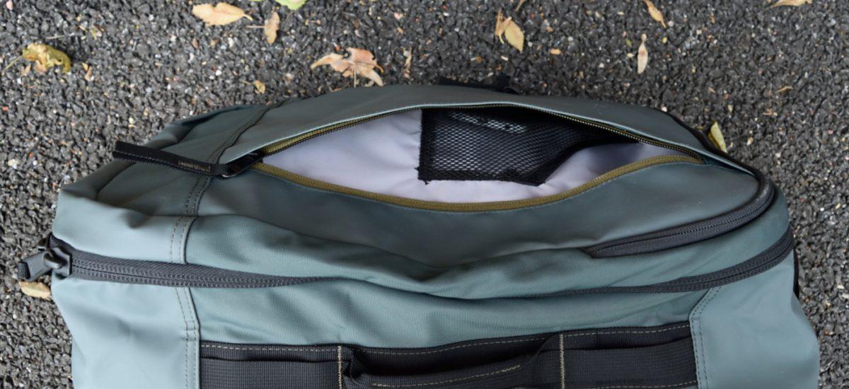 timbuk2 jet front small zip pocket