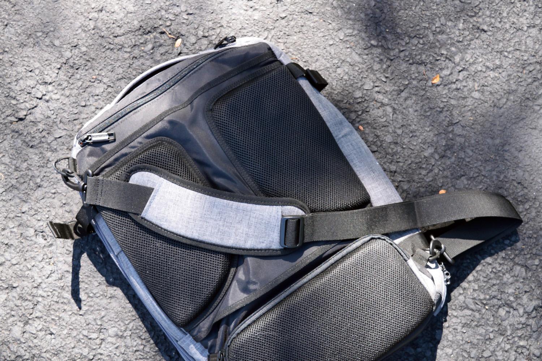 amazonbasics slim travel backpack strap